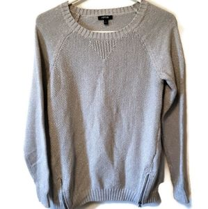 Old navy womans shimmering silver medium sweater